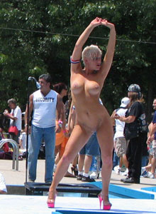 Girl With Huge Tits Is Completely Naked On The Outdoor Stage Stripper Contest - Picture 9
