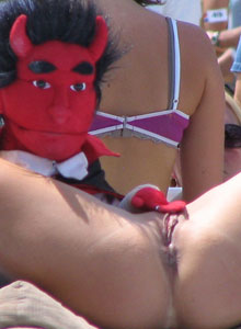 Girl With Huge Tits Is Completely Naked On The Outdoor Stage Stripper Contest - Picture 11
